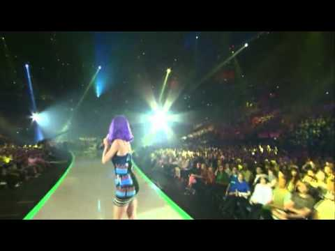 Lady Gaga Applause Live VS Katy Perry Roar VMA 2013 Video Music Awards 720p HD