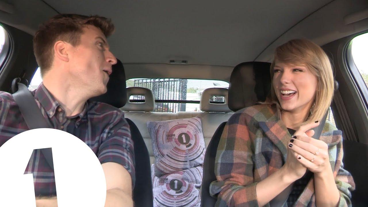 泰勒絲在車上對嘴演唱『Blank Space』...也太可愛了吧!