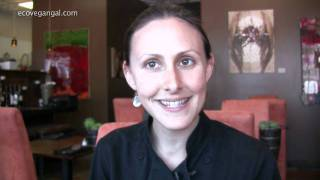 118 Degrees - Raw Food Restaurant Review & Interview