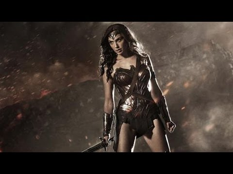 Batman v Superman - Wonder Woman Costume & Panel Footage Reaction - Comic Con 2014