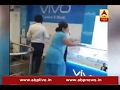 Download Video Sansani: Women create ruckus inside mobile shop in Delhi MP3 3GP MP4 FLV WEBM MKV Full HD 720p 1080p bluray