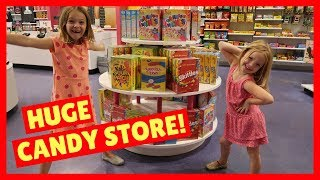 Trip to a HUGE Candy Store IT'SUGAR !!!