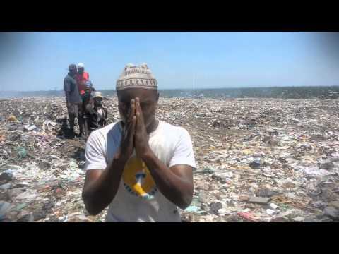 Lil Banks- O enterro do Oga Siz thumbnail