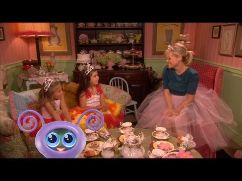 'Tea Time' with Sophia Grace & Rosie and Reese Witherspoon