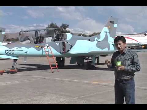 AVIONES K-8 BOLIVIA