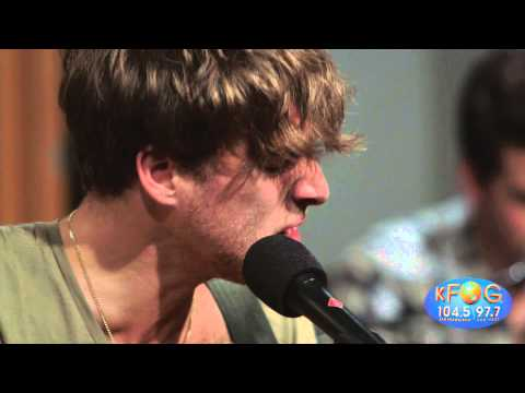 Paolo Nutini - Let me Down Easy (live on KFOG Radio)