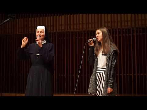 S. Anna Kaczmarzyk śpiewa