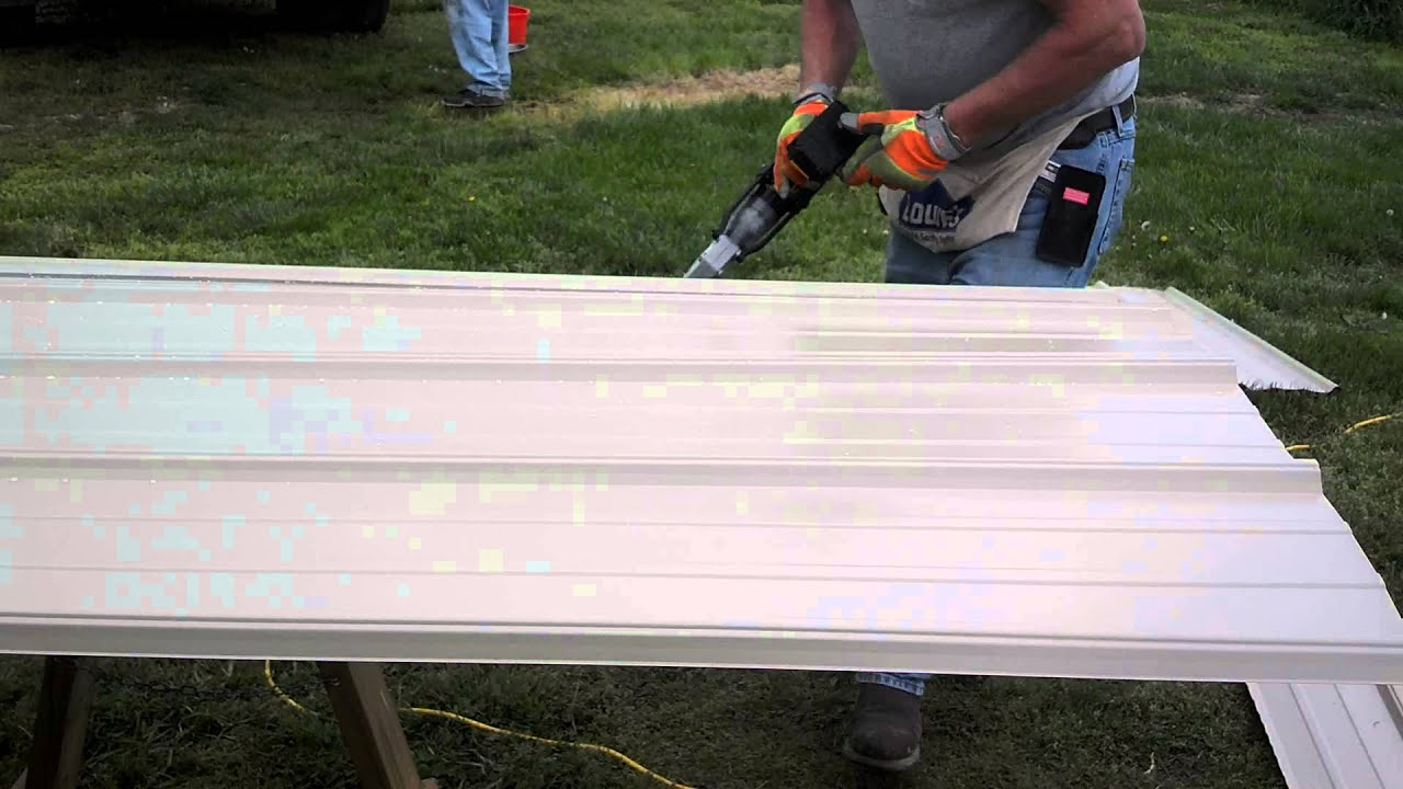How To Cut Metal Tin Siding Tan Youtube