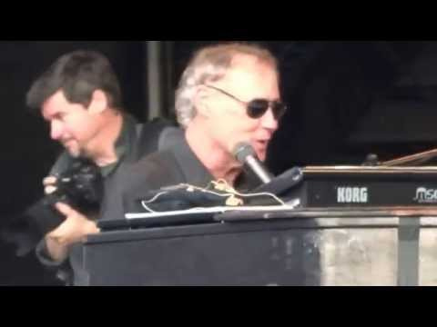 Bruce Hornsby - Country Doctor