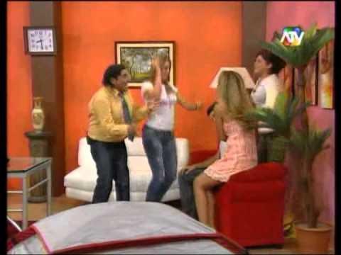 Yidda, Alejandra y Mario I. en en Cartel del Humor  01/04/12