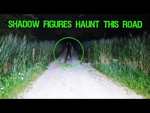(SCARY) HAUNTED DIRT ROAD IN THE MIDDLE OF NOWHERE!