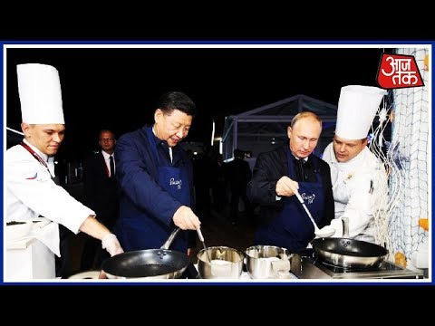 Putin-Jinping Bromance! Vladimir Putin And Xi Jinping Prepare Pancakes Together In Russia