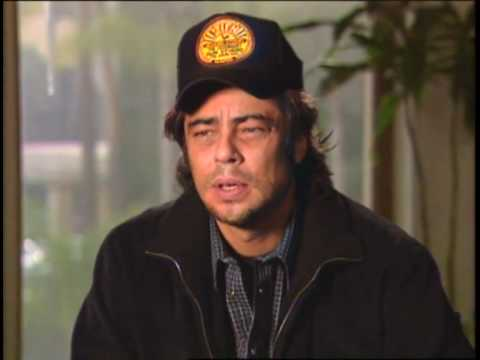 Benicio Del Toro and Tommy Lee Jones in 'The Hunted' Video