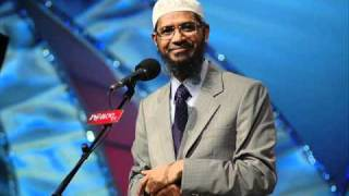 Dr.Zakir Naik expressing his views about Dr Farhat Hashmi &  Al-Huda International
