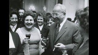 Startky a další: Jaké cigarety se kouřily za socialismu a kolik stály
