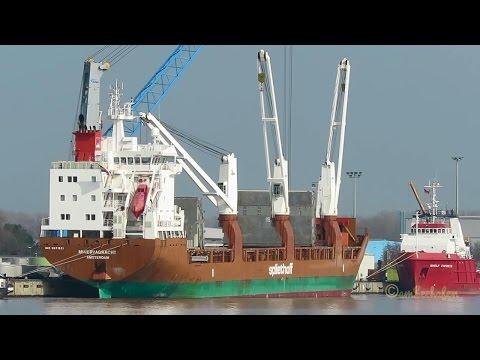 cargo crane ship MINERVAGRACHT PCJF IMO 9571521 Emden merchant seaship Seeschiff Kranschiff