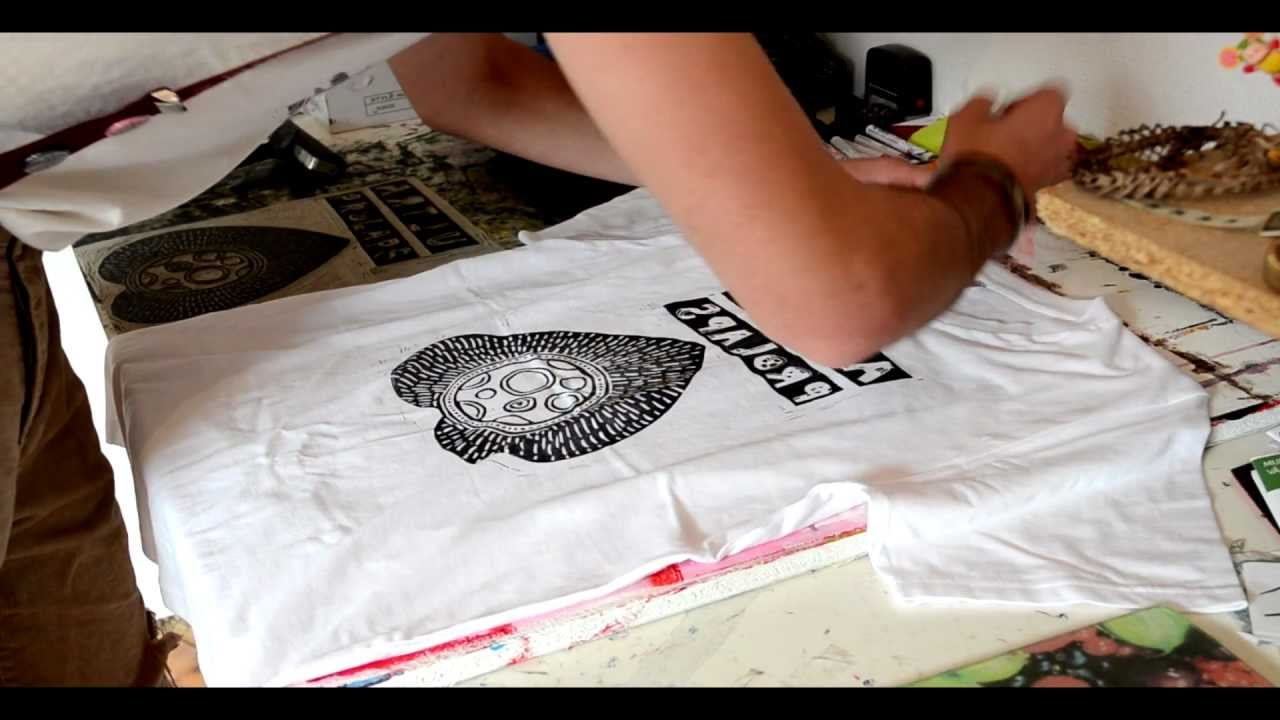 teratoiid linogravure sur t shirt linocut home printed youtube. Black Bedroom Furniture Sets. Home Design Ideas