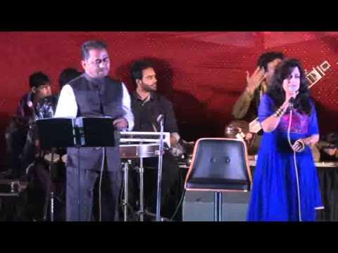 Dhire Dhire Bol Koi Sun Na Lem  - Film - Gora Aur Kala (mukesh & Lata) Bella Sulakhe & Ashok Shastri video