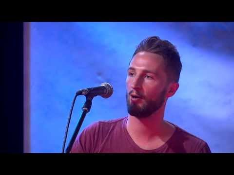 Holliava 'Got That Smile' - Acoustic Performance by Mike Soltys (Previously unreleased)