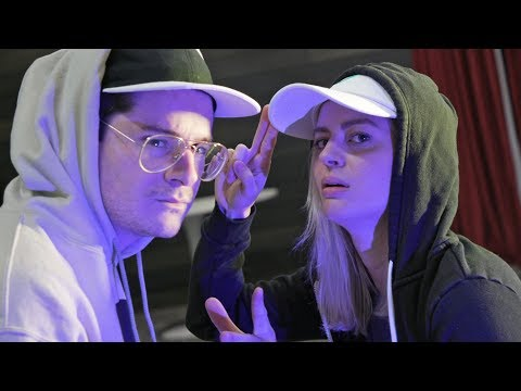 Elyse vs. James rap battle.