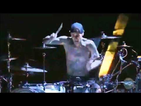 Travis Barker Drum Solo 2011 (HD)