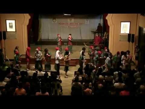 Indonesian Angklung Night: Poco-Poco Dance