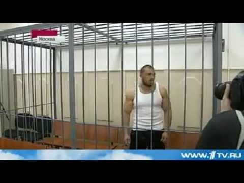 Максим Лузянин-качок который валил ОМОН.