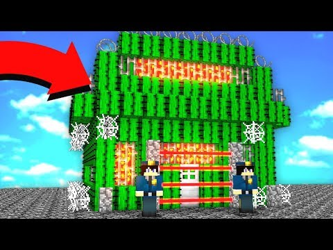 THIS ENTIRE PRISON IS MADE OF CACTUS. (MINECRAFT PRISON ESCAPE!)