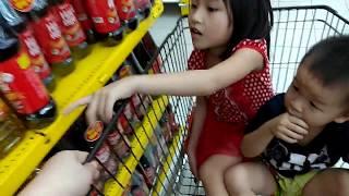 Mua sắm cùng công chúa .Shopping with the princess