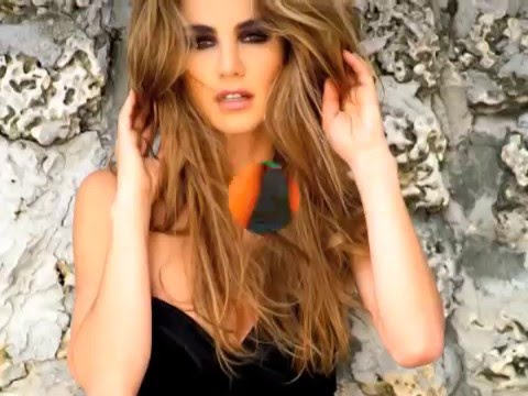 Ximena Cordoba TNT http://shelf3d.com/Search/Uploaded%20by