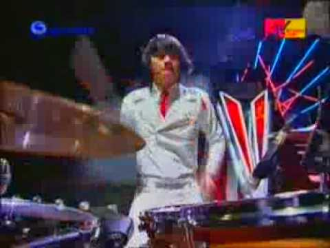 J-ROCKS_Anton VS other drummer @ MTV staying alive 2008