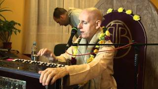 2011.10.20. Kirtan HG SDA - Kaunas Vedic Culture Center, Lithuania