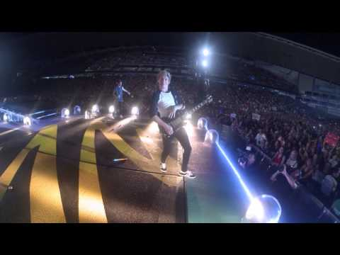 Liam Payne took my camera on stage and filmed Niall Horan's bum - 1D Sydney, Allianz Stadium Feb 7th