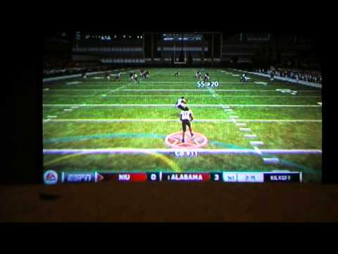 Justin Bieber and Usher playing Ncaa Football 2013