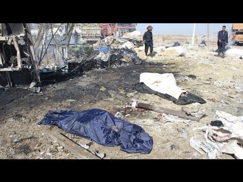 Syria car bomb kills at least 30 in Hama