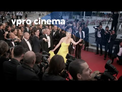 Lost & Found (Charlize Theron loses Sean Penn on red carpet)