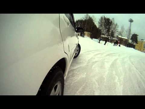 Ледовая дуэль. Toyota RAV4