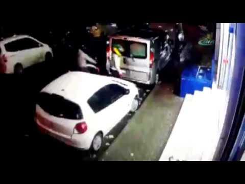 İstanbul'da Polis İle Hırsızlar Arasında Çatışma
