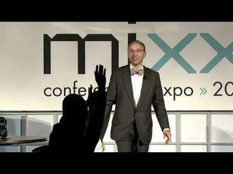 Randall Rothenberg thanks IAB Brasil at IAB MIXX 2011