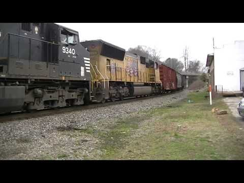 Norfolk Southern 348 NB FAST Moving in MabletonGa 03-18-2014...