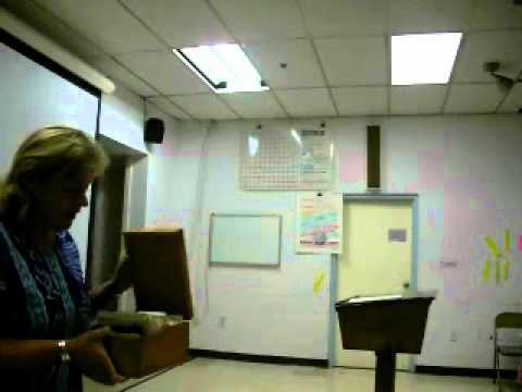 Kathy Johns discusses how she teaches Grades 7 and 8 at the Washington New Church School - 10/29/2010
