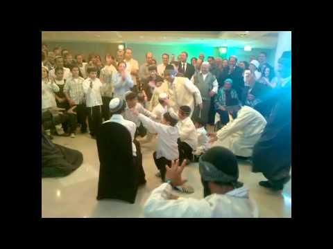 אלעד שער בהופעה בחתונה - תימנית