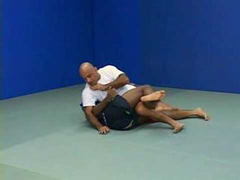 BJJ - Half Guard Pass Image 1