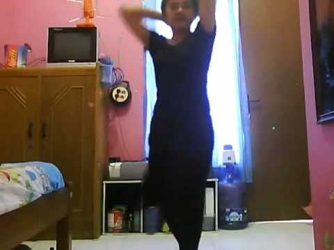 China Girl In Psg Cas Dance To 'chikani Chameli' Song From Agneepath video