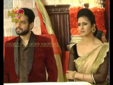 On location of TV Serial Yeh Hai Mohabbatein Ashok caught in...