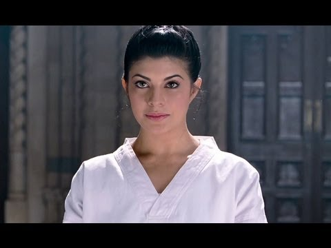 Jacqueline Shows Her Karate Skills | Aladin