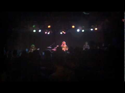 Trevor Hall - Different Hunger @ The Roxy - 09-17-2011.3gp