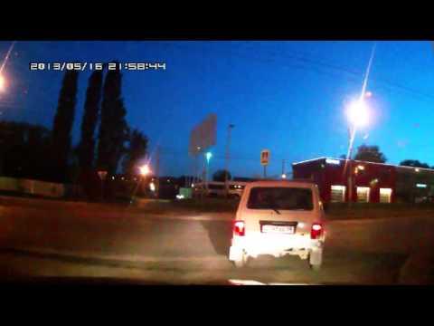 Мотоциклист врезался в Ниву Дтп