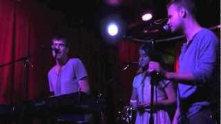 Ryan Amador - In A Little Room (Live @ Tammany Hall)