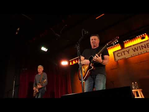 Edwin Mccain - Jesters Dreamers And Thieves